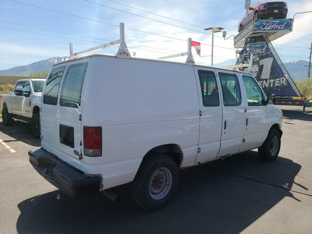 Pre-Owned 2002 Ford E-250 Commercial