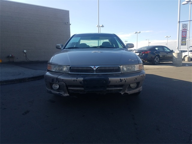 Pre-Owned 2001 Mitsubishi Galant ES