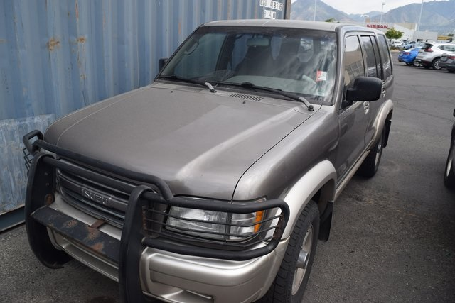 Pre-Owned 2000 Isuzu Trooper LS