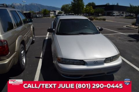Pre-Owned 1995 Oldsmobile Aurora Base